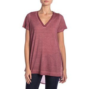 Dantelle Mixed Media Short Sleeve V-Neck Top